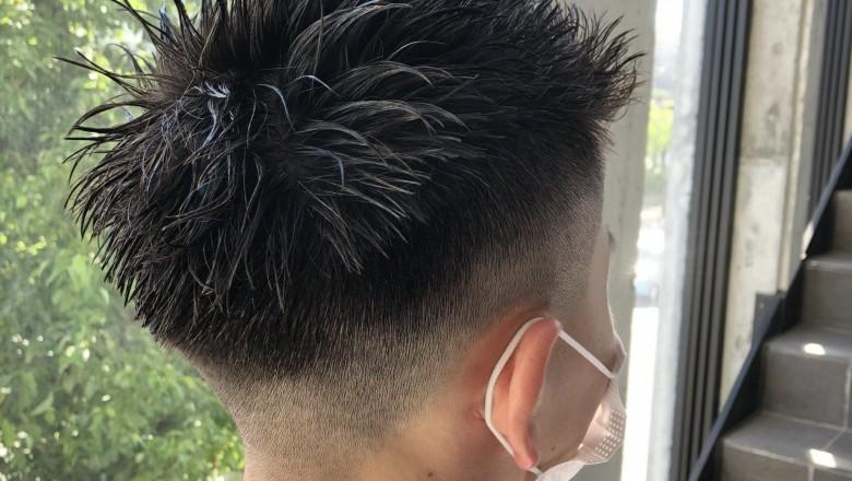 スパイキーショートヘア